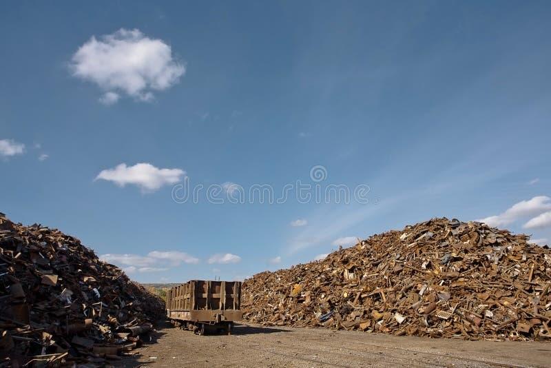 Pilha da sucata oxidada imagens de stock royalty free