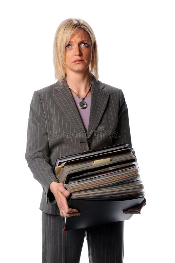 Pilha da terra arrendada da mulher de documento fotos de stock