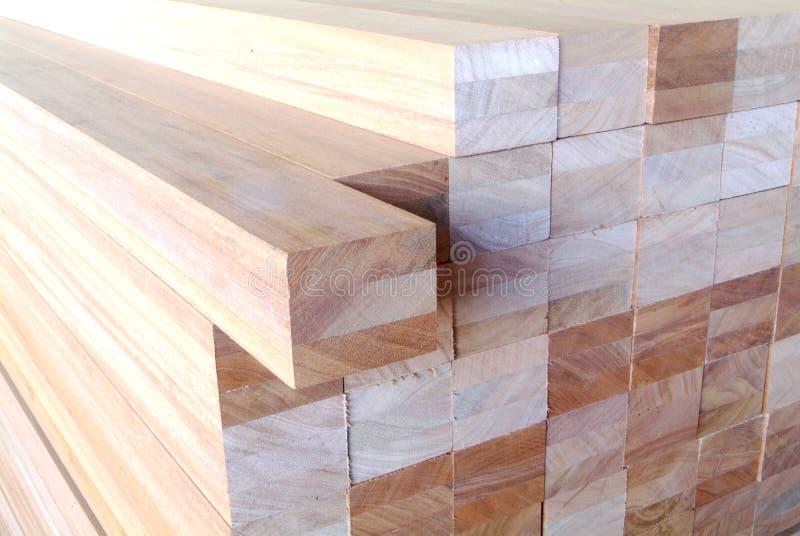 Pilha das pranchas de madeira imagem de stock royalty free