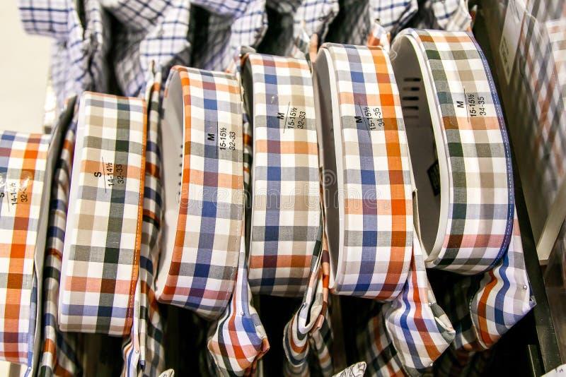Pilha de camisas de manta fotografia de stock royalty free