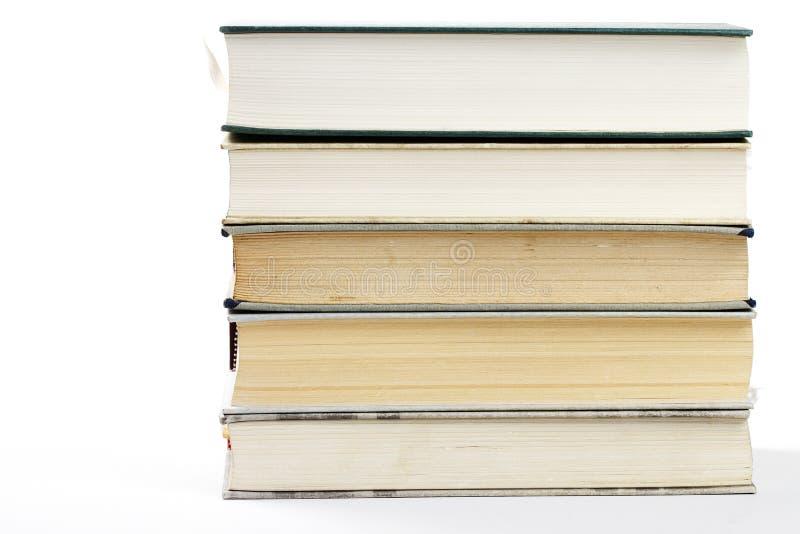 Pilha de cinco livros fotos de stock