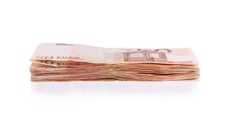 Pilha de 50 euro- contas foto de stock
