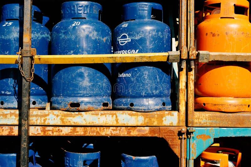 Pilha de garrafas do gaz imagem de stock royalty free