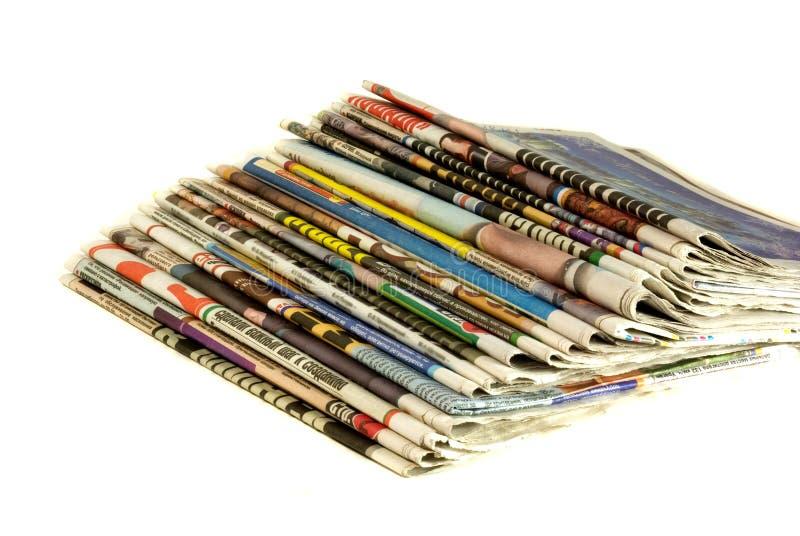 Pilha de jornais fotografia de stock royalty free