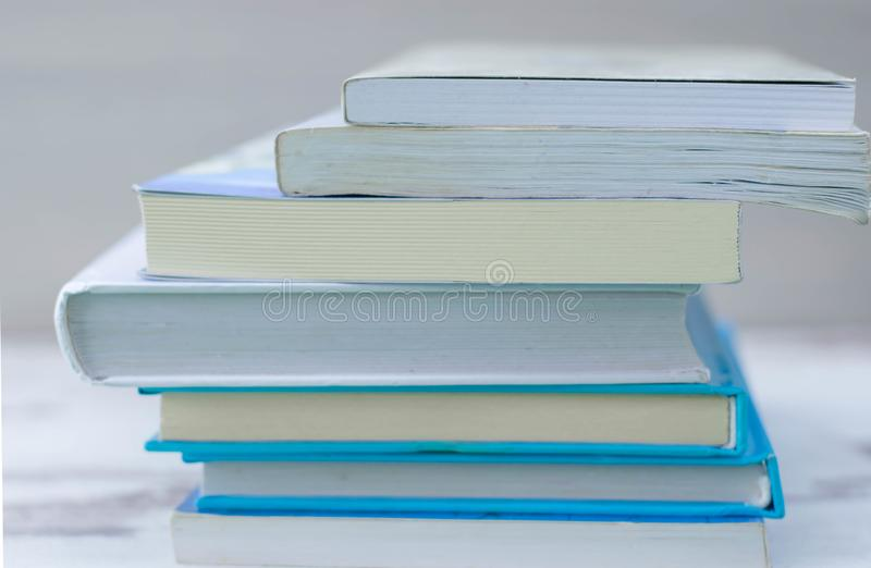 Pilha de livros Livros Danificado, grupo fotografia de stock