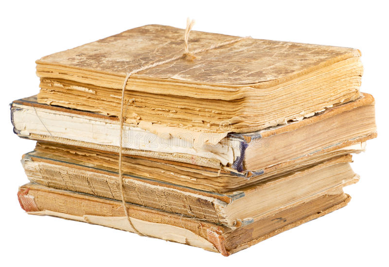 Pilha de livros velhos amarrados com corda imagem de stock royalty free