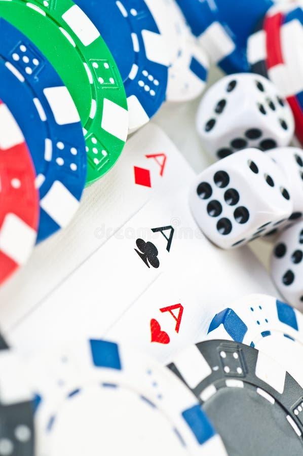 Pilha de microplaquetas de póquer fotografia de stock