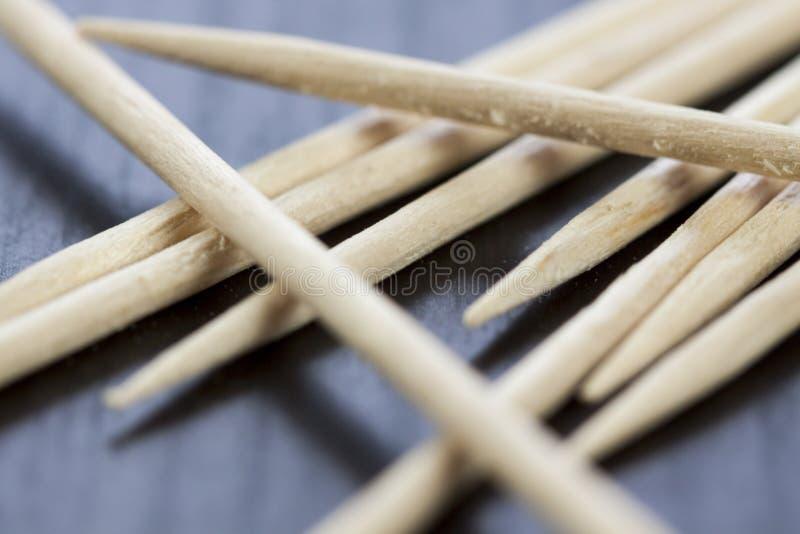 Pilha de palitos de madeira imagens de stock