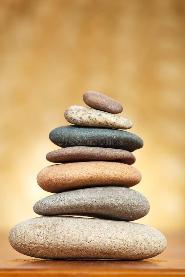 Pilha de pedras do zen imagens de stock royalty free