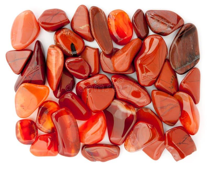 Pilha de seixos vermelhos imagens de stock royalty free