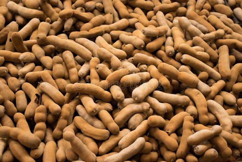 Pilha de tamarindos de Tailândia no mercado usado para o fundo imagem de stock royalty free