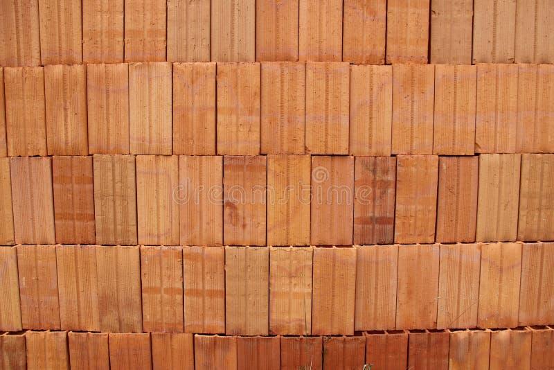 Pilha de tijolos da lama imagens de stock royalty free