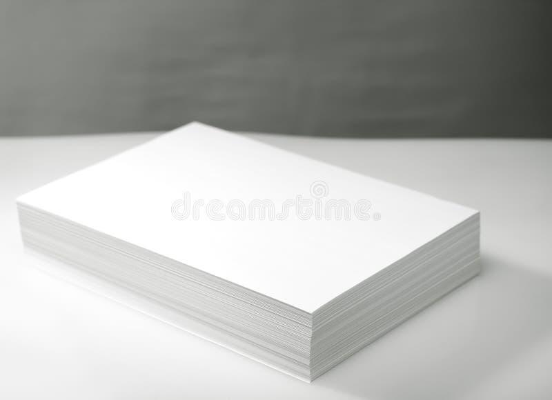 Pilha do Livro Branco fotografia de stock