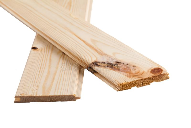 Pilha dobrada placa do pinho carpentry As placas de madeira dobraram-se em se foto de stock