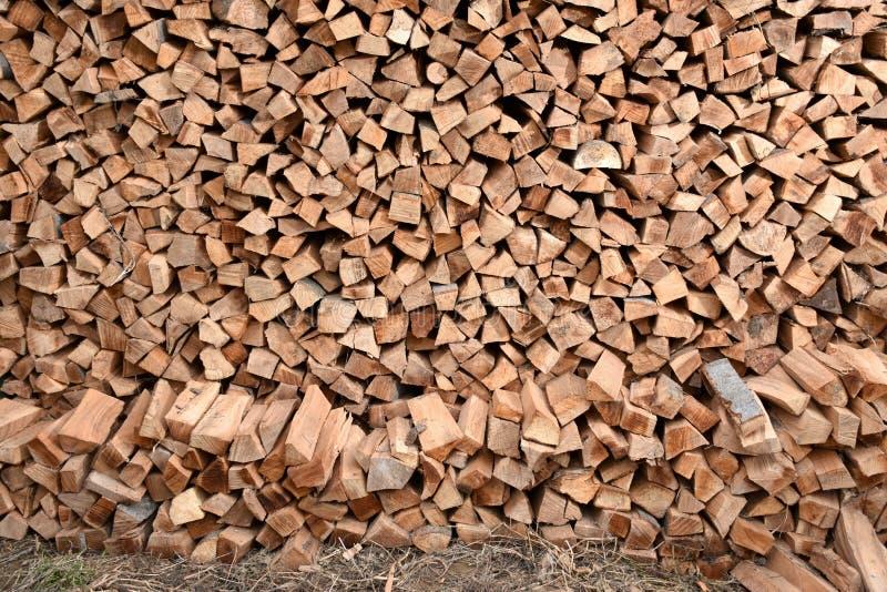 Pilha dos registros de madeira fotos de stock