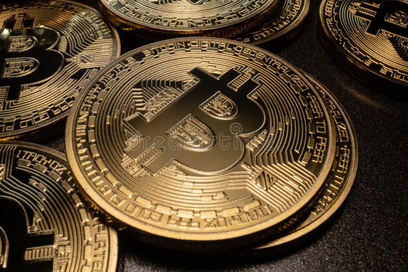 Pilha macro de Bitcoin fotografia de stock royalty free