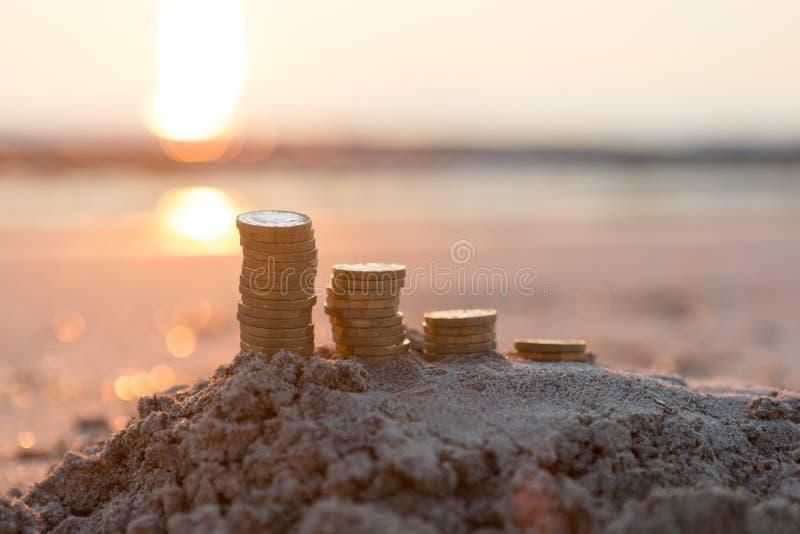Pilhas da moeda de libra fotos de stock royalty free