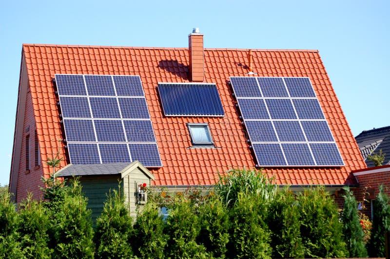 Pilhas da potência solar imagens de stock