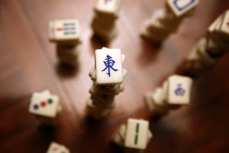 Pilhas de telhas do mahjong imagens de stock