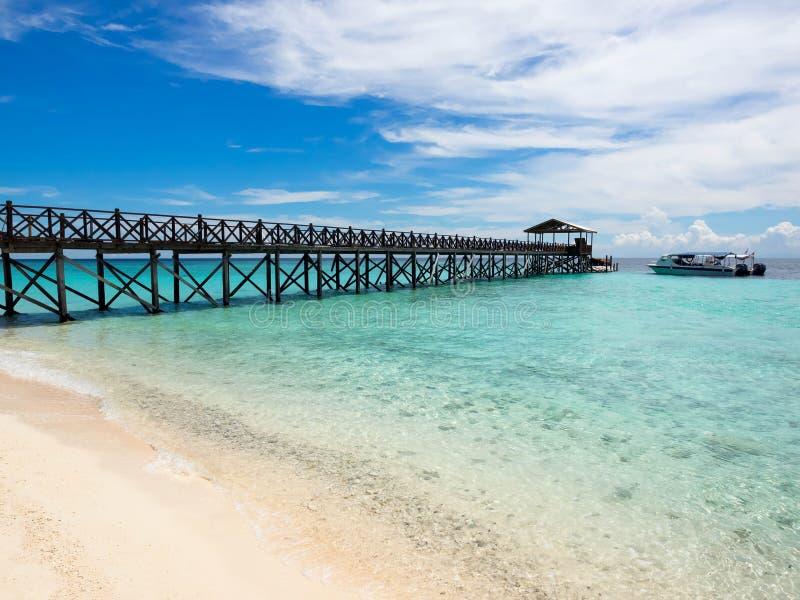 Pilier à l'île de Sipadan, Sabah, Malaisie images stock