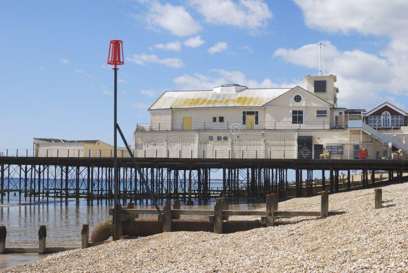 Pilier chez Bognor REGIS. Le Sussex. LE R-U photos stock