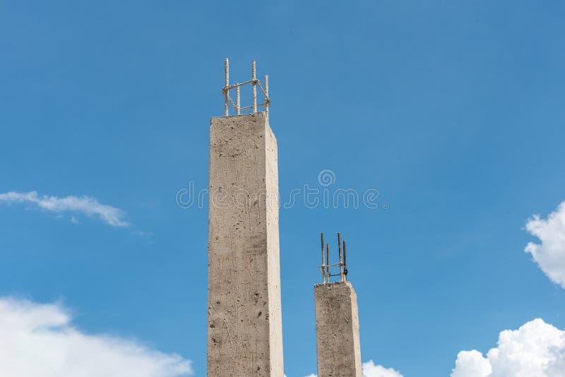 Pilier concret renforcé de vue supérieure pour la construction une maison photographie stock libre de droits