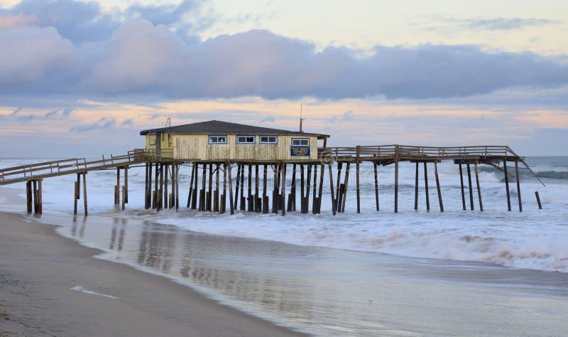 Pilier du nord de Carolina Hatteras Icon Frisco Fishing photographie stock libre de droits