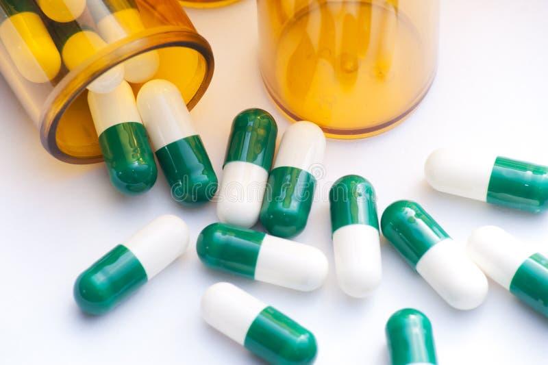 Pille-Behälter lizenzfreies stockfoto