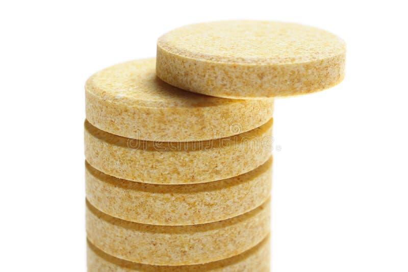 Pillen auf weißem Hintergrund lizenzfreies stockfoto