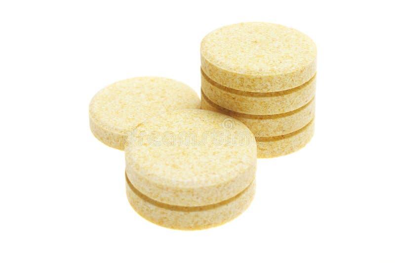 Pillen auf weißem Hintergrund lizenzfreie stockfotografie