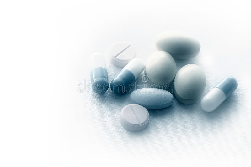 Download Pillen op steriele doek stock afbeelding. Afbeelding bestaande uit ziekte - 40001