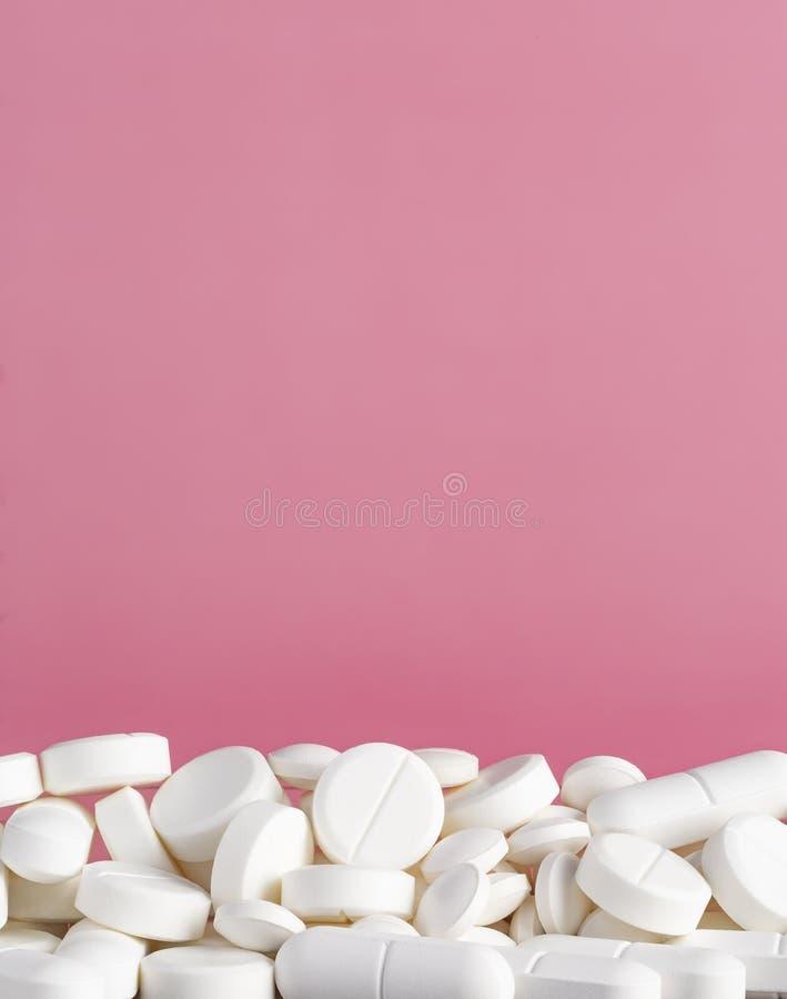 Pillen weiß Draufsichtkopienraum stockbild