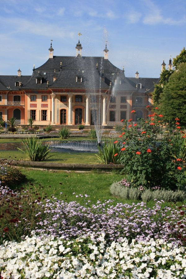pillnitz замока стоковые изображения