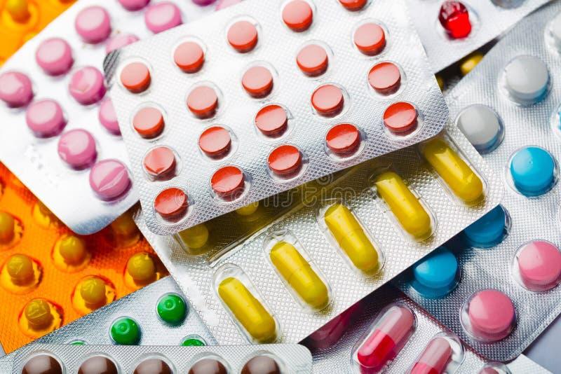 Download Pillole fotografia stock. Immagine di progesterone, periodo - 117976150