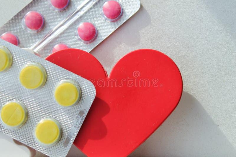 Pillole della malattia cardiaca Trattamento e prevenzione delle malattie immagine stock