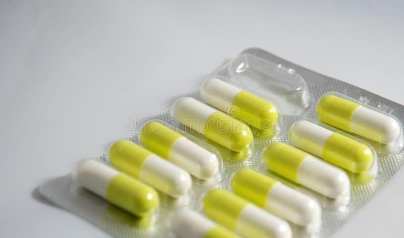 Pillole isolate fotografia stock
