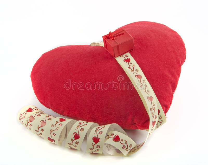 Download Pillow as heart stock illustration. Image of sewing, braided - 28466379