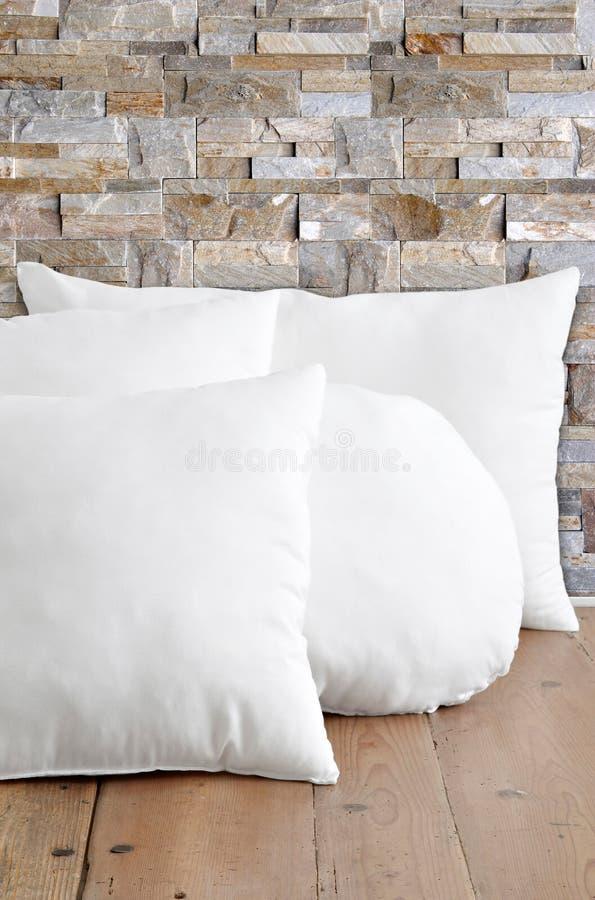 pillows white royaltyfri foto