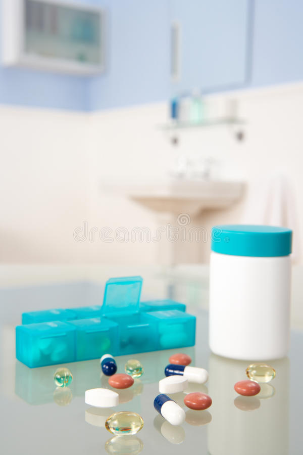 Download Pills and organiser stock photo. Image of pill, correct - 22001834