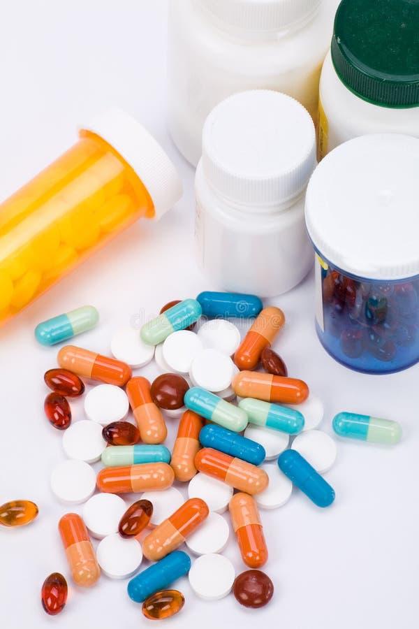 Pillules de médecine photo stock