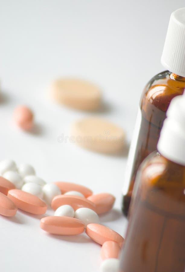 Pillules et médecines image stock