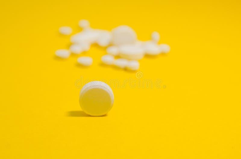 Pillules m?dicales blanches photo libre de droits