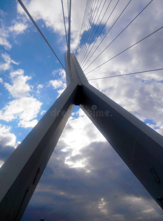 Pilone del ponte strallato immagini stock libere da diritti