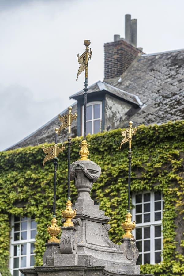 Pilory Well fontanna w Mons, Belgia. fotografia royalty free