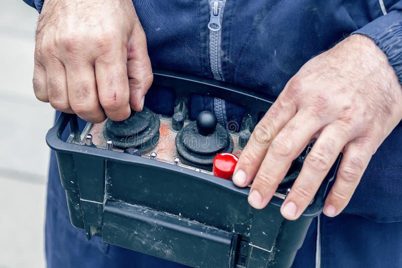 Pilot do TV dla betonowej pompy ciężarówki 2 zdjęcia royalty free