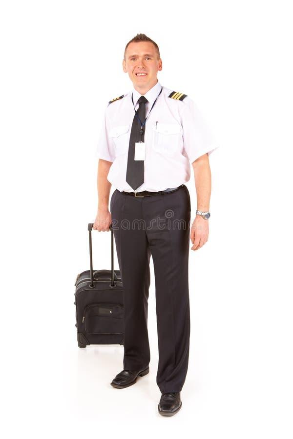 Pilota di linea aerea con il carrello