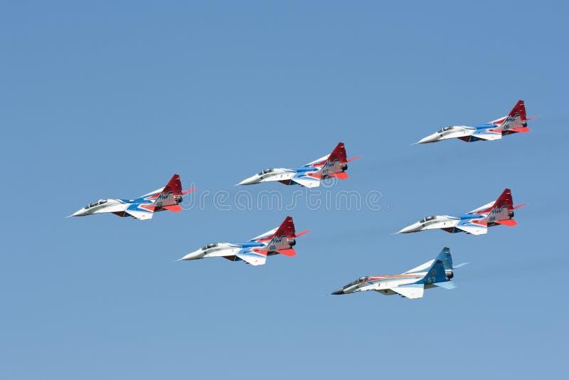 Pilotaggio del gruppo dei combattenti MIG 29 immagine stock