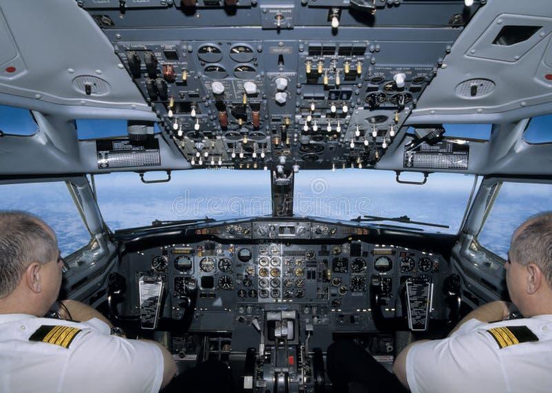 Pilotare l'aereo fotografia stock