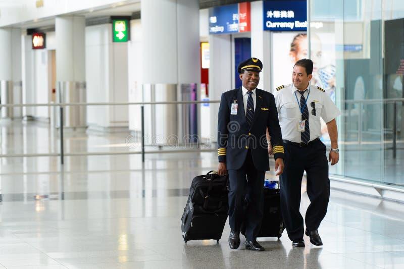 Piloter av United Airlines arkivfoton
