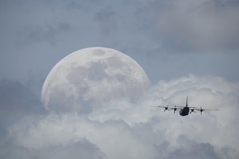 Pilotez-moi à la lune photographie stock libre de droits